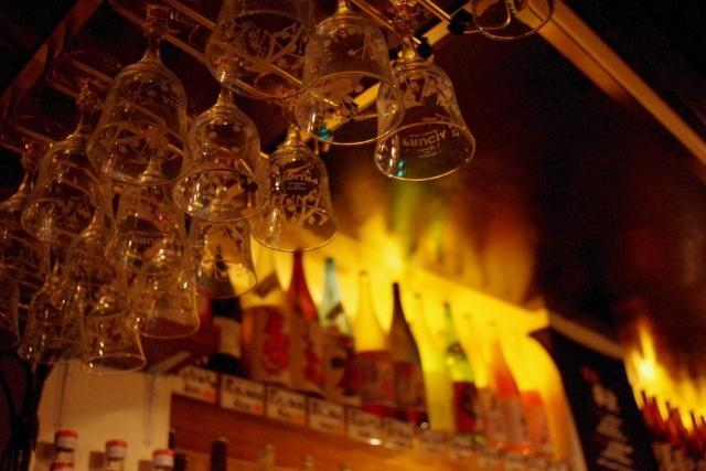 京都のラウンジの雰囲気を教えて